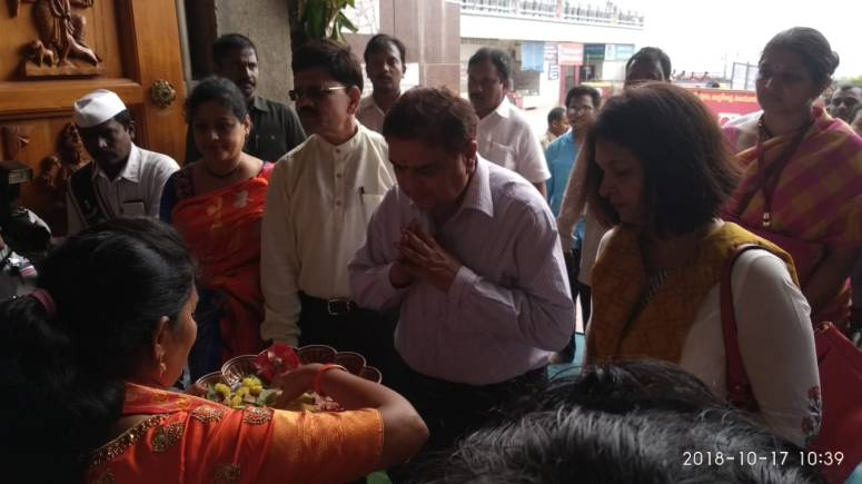 CS & Collector Family Visit to Durga Temple Photos 01