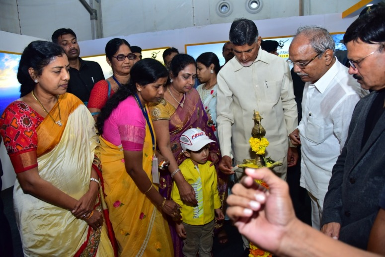KanakaDurga Fly Over CM Photo 02