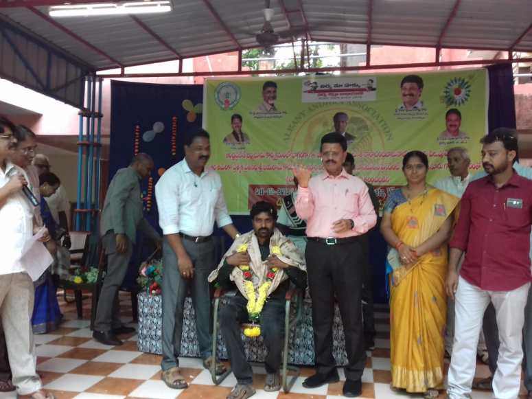Digital Class Room Inauguration at Patamata High School 11-Dec-2018 Photos Kumar Falicitated.jpg
