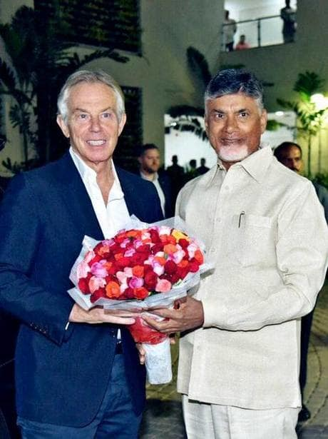 Britain Past President Tony Blair met CM.jpg